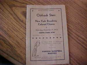 1952 Basketball Oshkosh Stars vs New York Broadway Colored Clowns Program Wi SEE