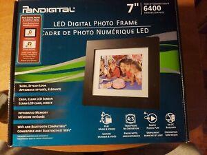 """Pandigital 7"""" LED Digital Picture Frame"""