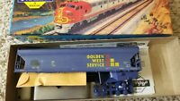 Athearn #1929 HO ACF 54 Centerflow covered hopper Golden West Service train