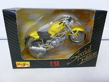 Maisto Ducati Motorcycle Yellow 1:18