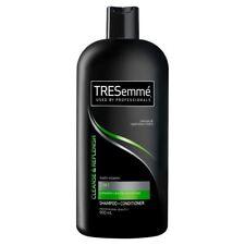 TRESemmé 2in1 Shampoo - Cleanse & Replenish (900ml)
