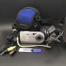 Sony Cyber-shot DSC-P150 7.2 MP Digital Camera Silver Camera Bag 1 GB