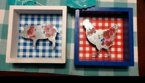 Pioneer Woman Gingham Sign Set, Pig  Blue Gingham Chicken Red Gingham