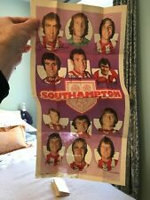A & BC GUM FOOTBALL GIANT TEAM POSTERS 1973 NO. 10 SOUTHAMPTON FLAWED BUT SHARP