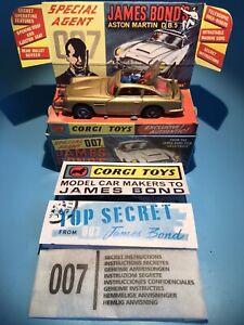 CORGI TOYS VINTAGE 261 JAMES BOND 007 DB5 ASTON MARTIN GOLD FINGER CAR BOXED