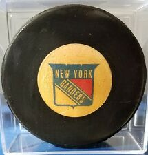 VINTAGE  VICEROY OFFICIAL GAME  PUCK  NEW YORK RANGERS 1973-83 CLEAN OLD BEAUTY