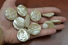 10 PCS CARVED ASTREA UNDOSA MOTHER OF PEARL SHELL FACE TO FACE BEADS #T-19T