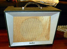 Airline 9003. 1965 amplifier by Danelectro.