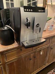Jura Impressa Z5 Espresso Coffee Machine -Small leak can be resolved w/ $50 part