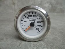 UNIVERSAL WATER PRESSURE GAUGE, WHITE AND SILVER