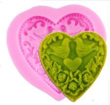 Silikonform Herz mit Täubchen Betongießen Seifengießen Vintage Stil