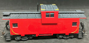 Athearn: PLAIN / UNLETTERED WIDE-VISION Caboose, RED, HO Scale Vintage