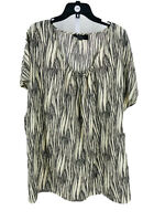 K Dash Women's Ivory Black Printed Short Sleeve Scoop Neck Blouse Size 1X Plus