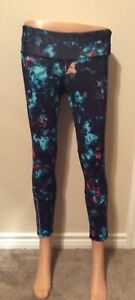 Old Navy Active Printed Go Dry Ankle Tights Size: Small BLK/Blue/ORNG