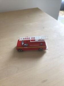 SMALL DIE CAST FIRE RESCUE DEPARTMENT VEHICLE IN EXCELLENT CONDITION