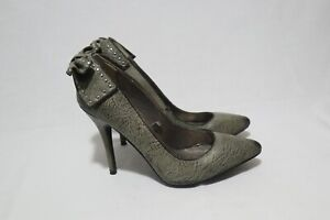 Size 8 Vintage/Retro Womens Pointy Toe Bow Tied Knot Detail On Counter Heels