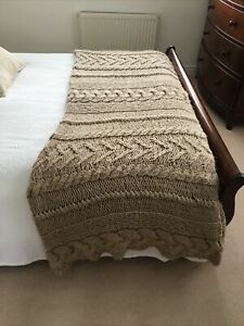 Laura Ashley Beige Chunky Cable Knit Bed Throw  Approx 200cm x 150cm