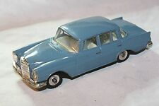 Dinky #186 Mercedes-Benz 220 SE, Very Good Condition