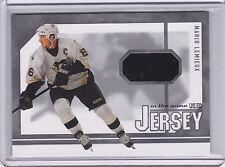 2003/04 Mario Lemieux ITG Signature Series Jersey Card   BV $60