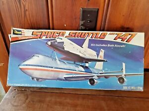 REVELL1:144 SPACE SHUTTLE AND 747 (OPEN BOX)
