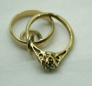 1980's Vintage 9 carat Gold Marriage Rings Charm