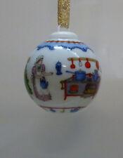 """Hutschenreuther Miniatur - Weihnachtskugel Porzellan 4 cm """"Puppenküche"""" 1995"""