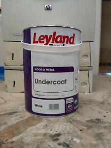 Leyland Trade Undercoat Paint - White - 5L