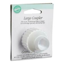 NEW Wilton Large Coupler Ring By Spotlight
