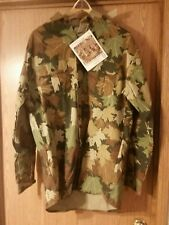 Terry Dotson's 3D Leaf camouflage button up hunting shirt. Large. NWT. USA made