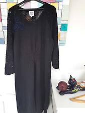 Noa Noa Strickkleid Kleid mit Häckelspitze Blumenapplikationen Schw. Gr:XL  G125