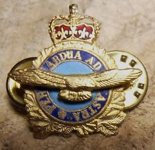 CANADIAN FORCES RCAF SINGLE COLLAR BADGE.