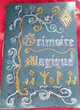 GRIMOIRE LIVRE DES OMBRES FAIT MAIN ESOTERISME MAGIE VOYANCE COULEUR VERT