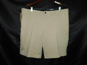 Dockers Size 40 NWT Khaki Brown Shorts Flat Front Classic Pockets Cotton NEW w40