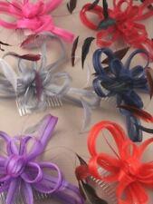 Groß Gespult Netz & Feder Fascinator Auf Klarer Kamm Verschiedene Farben