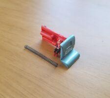 Dinky 104 SPV SPECTRUM PURSUIT VEHICLE - 2nd numéro porte latérale unité avec figurine