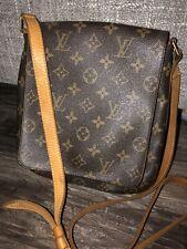 Gorgeous Authentic Louis Vuitton Monogram Musette Salsa Crossbody Bag