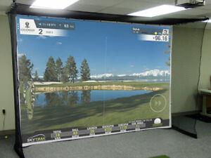 Schlagfeste Leinwand Golfsimulator, 5cm schwarzer Cache, Größe L: 270cm x 360cm