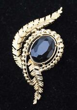 Vintage Signed TRIFARI CROWN Goldtone Black Rhinestone Pin Brooch