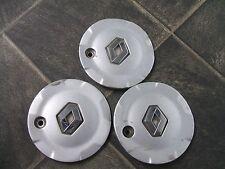 RENAULT alloy wheel centre cap x3         8200081306