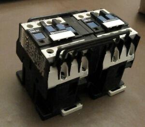 Contactor Telemecanique LC2D0901F7 Coil-110V 50/60Hz 4kW/400V Reversing