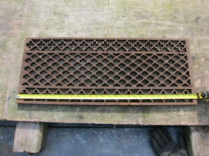 Large Cast Iron Gully Covers Tread victorian ornate panel x16