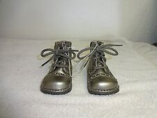BABY GIRLS SILVER LITTLE SHOES SIZE 2,Brand Circo.