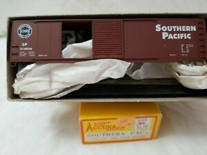 ACCURAIL #5206 50' DD BOXCAR SOUTHERN PACIFIC SP 210836 - NEW, UNASSEMBLED KIT