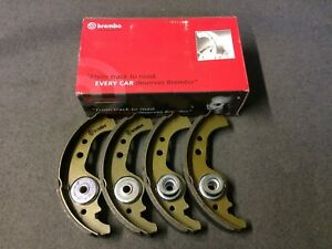 Fiat Panda 141a inc 4x4 Models Brake Shoe Set Brembo
