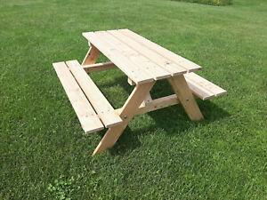 Kinder Picknicktisch Tisch mit Bank aus Lärchen Holz unbehandelt   Spielturm aus Holz für den Garten kaufen