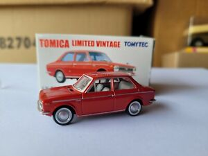TOMICA LIMITED VINTAGE - TOYOTA COROLLA 1100 [RED] MINT VHTF BOX GOOD
