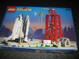 Lego Space shuttle 6339 and launch pad