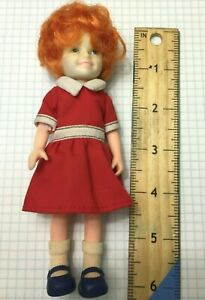Vintage 1982 Knickerbocker Annie Doll from Movie w/ Shoes - 3836 NW  *T