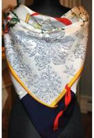 Foulard Hermès intitulé «NEIGE D ANTAN» neuf dans sa boîte