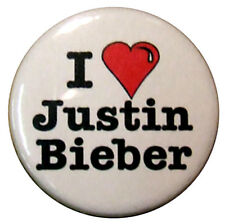 I love Justin Bieber 25mm Badge. Small 1 inch I Heart badges for Beliebers fans.